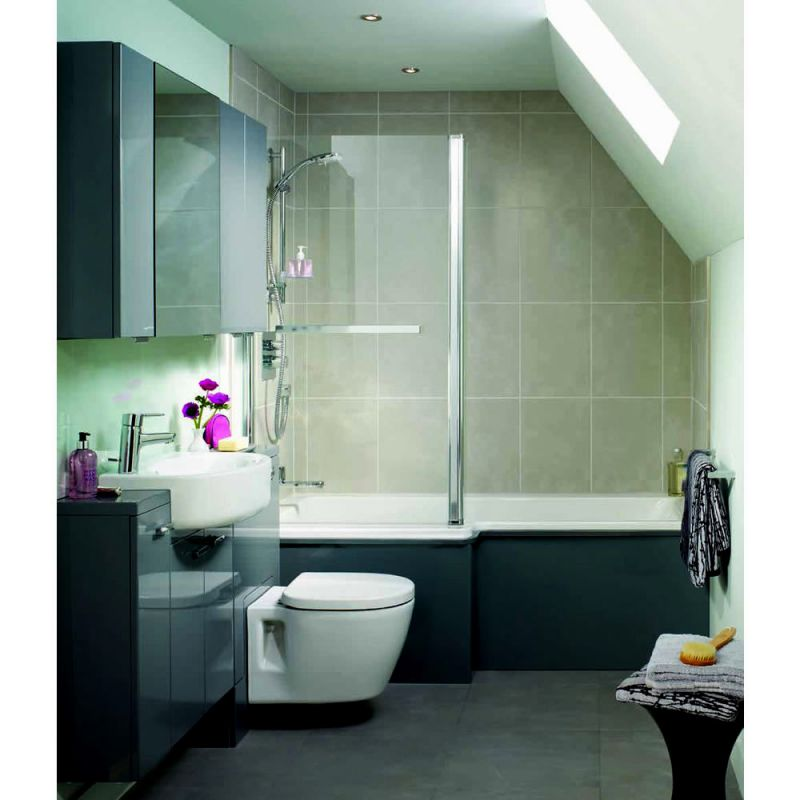 Small Bathroom With Shower Over