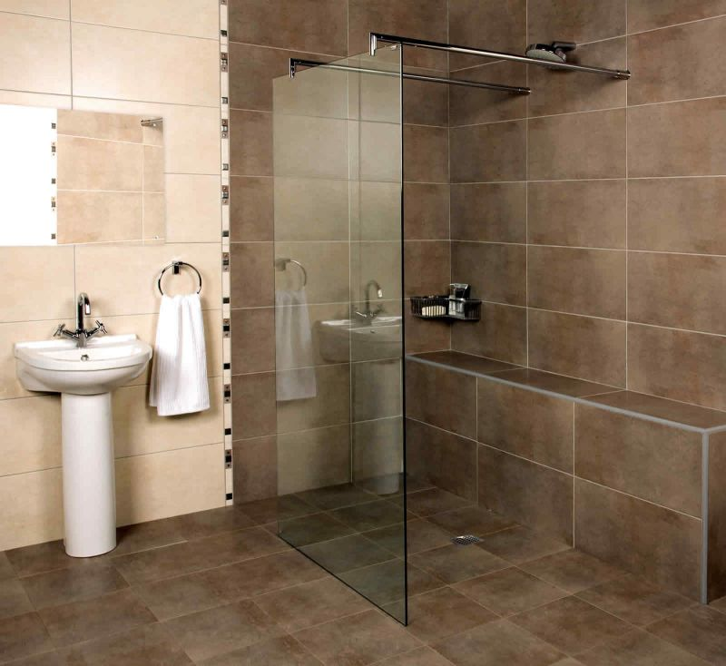 Are we seeing the death of the bath uk bathrooms for Small shower room designs pictures