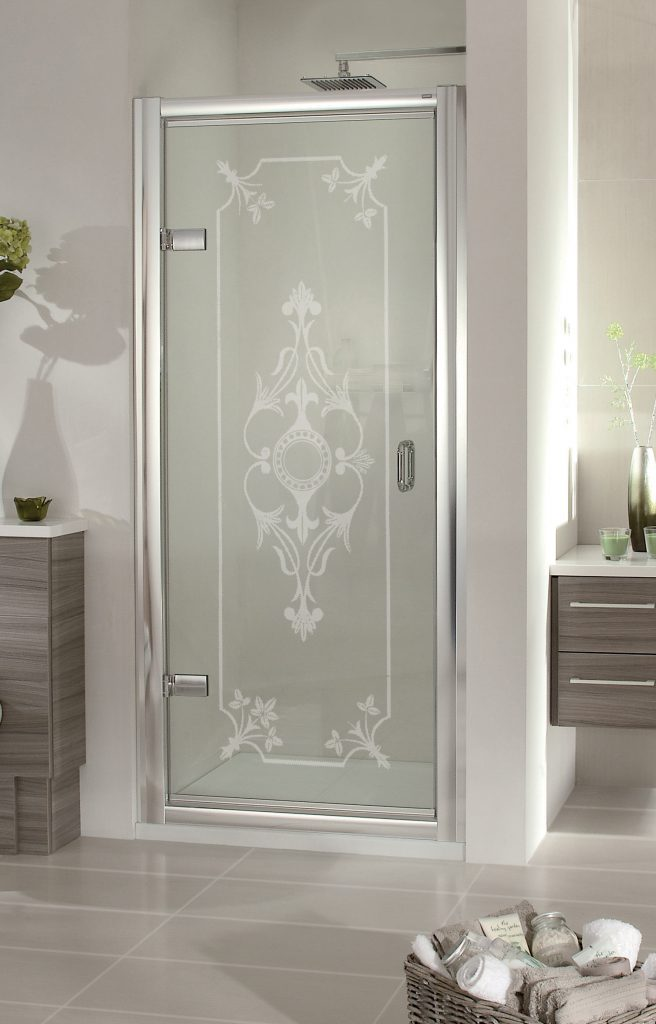 traditional style etched shower enclosure