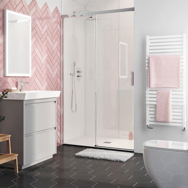 pink shower room idea