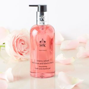 Subtly fragranced, relaxing bath or energising shower. Gift yourself some relaxation and serenity.